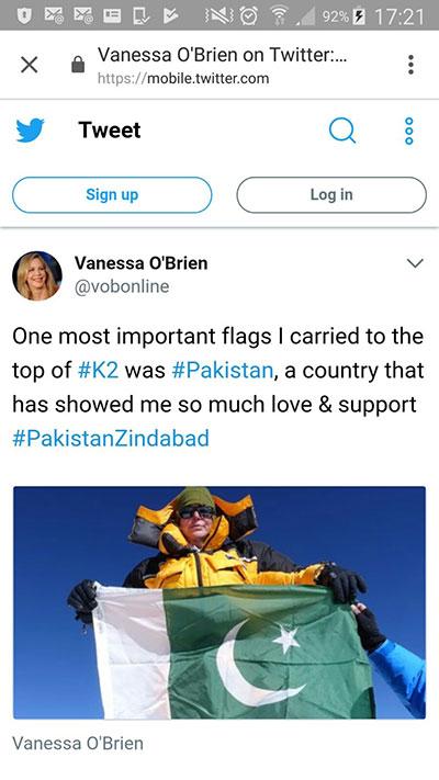 Pakistan Flag on K2